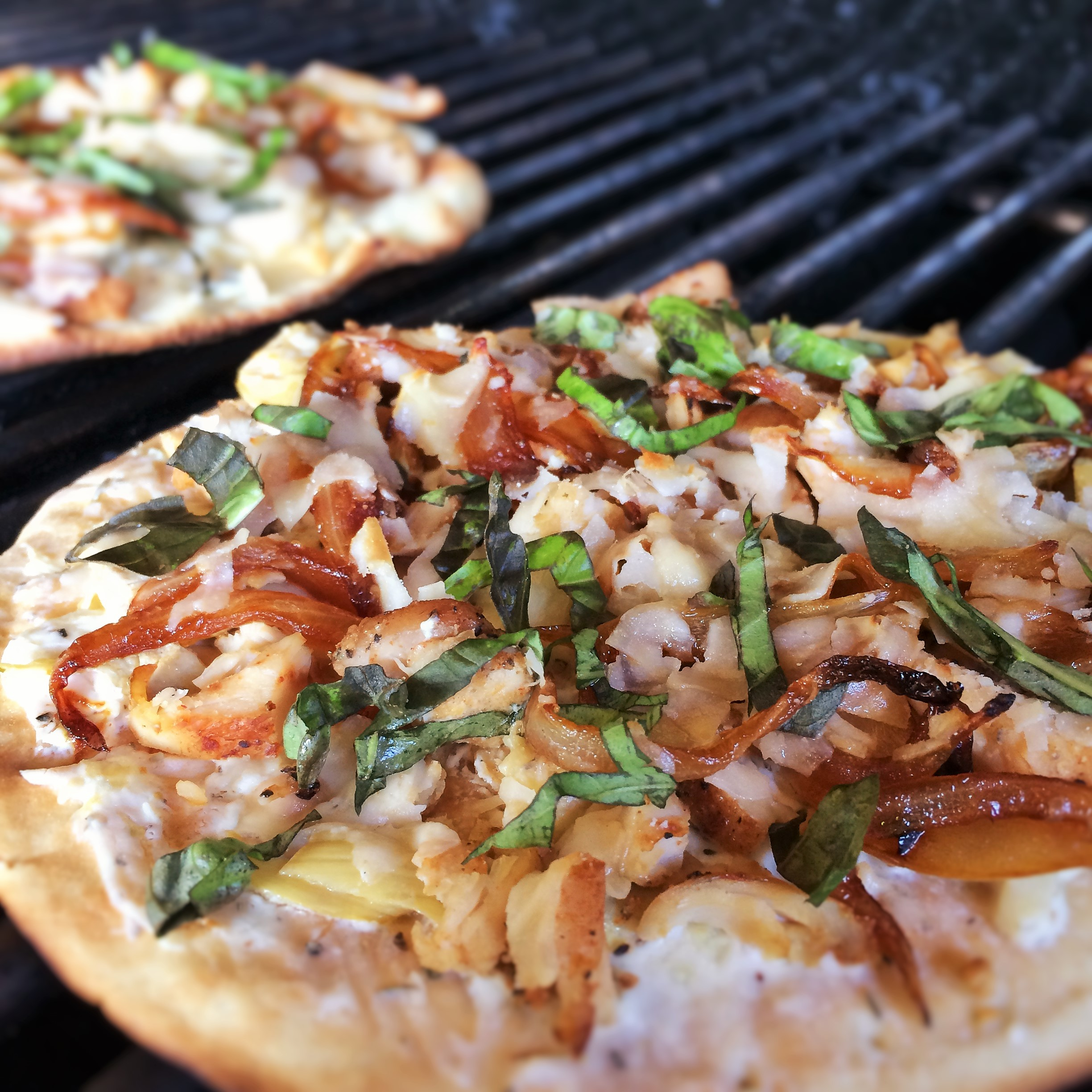 Piatto Mediterranean Kitchen: Grilled Chicken Artichoke Pizza With Herb-Cheese Spread