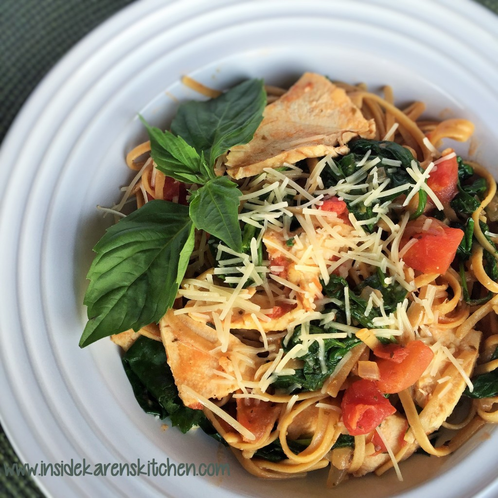 One-Pot Pasta with Chicken and Spinach