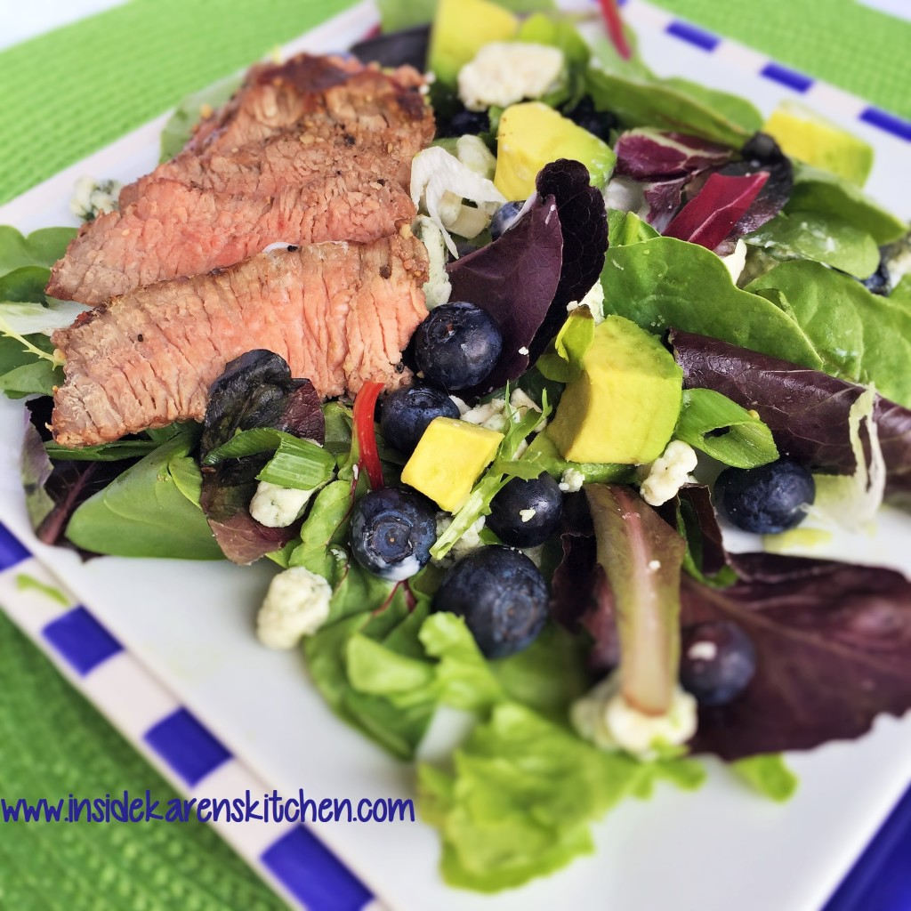 Steak Salad with Blue Cheeese, Blueberries and Avocado 1