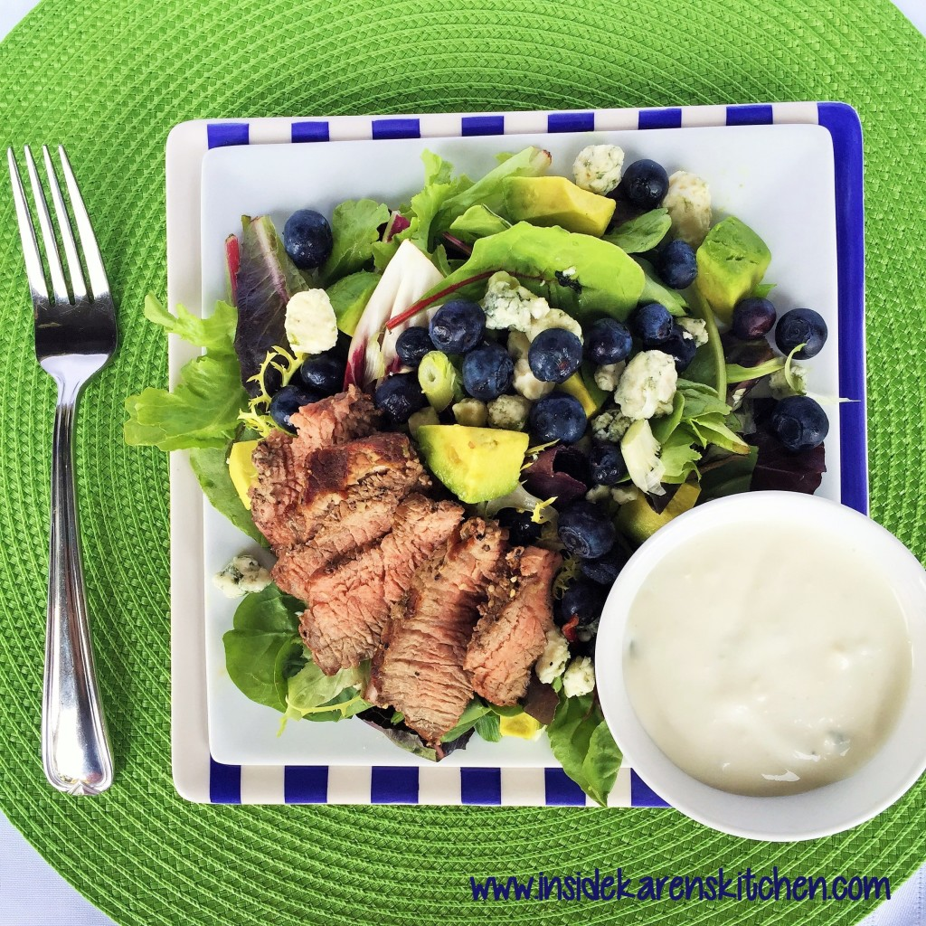 Steak Salad with Blue Cheeese, Blueberries and Avocado 3