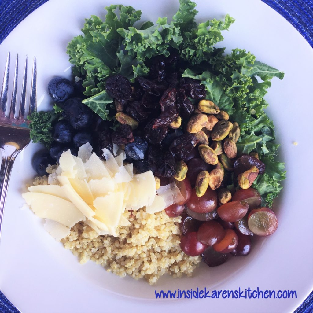 Kale-and-Quinoa-Salad-with-Lemon-Oregano-Dressing